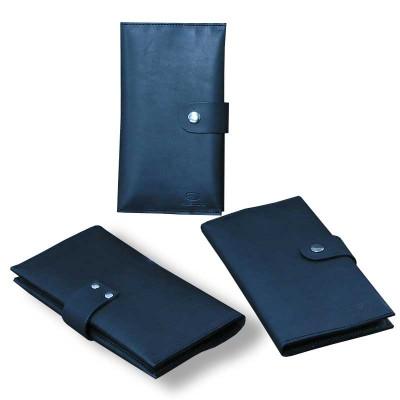 Мужской кошелёк ручной работы из кожи Краст чёрного цвета hmm-03-01